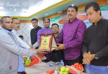 প্রধানমন্ত্রী শেখ হাসিনা গড়ছেন বঙ্গবন্ধুর 'সোনার বাংলাদেশ'