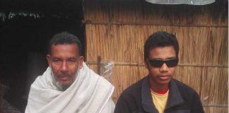 অর্থাভাবে দু'চোখের আলো নিভতে চলেছে শিক্ষার্থীর