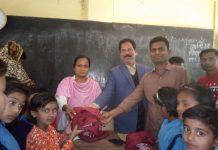 মুজিববর্ষ উপলক্ষে সৈয়দপুরে প্রাথমিক বিদ্যালয়ে শিক্ষার্থীদের শতভাগ ইউনিফর্ম নিশ্চিত কার্যক্রমের উদ্বোধন