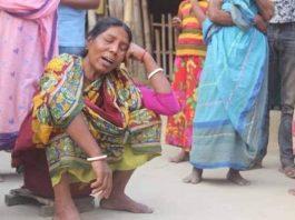 কলেজ পপড়ুয়া মেয়ে অনিতাকে হারিয়ে মায়ের আহাজারি