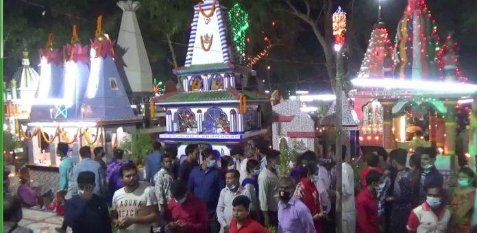 প্রদীপ প্রজ্বলন আর শ্রদ্ধা-ভালবাসার নানা আয়োজনে ঝালকাঠিতে শ্মশান দীপালি অনুষ্ঠিত