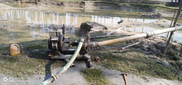 সুন্দরগঞ্জে অবৈধভাবে বালু উত্তোলনঃ ভ্রাম্যমাণ আদালতে জরিমানা